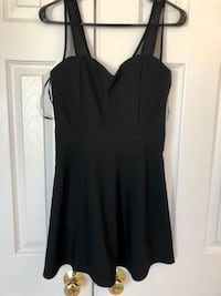 New with tags Forever21 party dress! Size M Chantilly, 20152