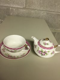 Tea pot and stacking cup and saucer Toronto, M8W 1N2