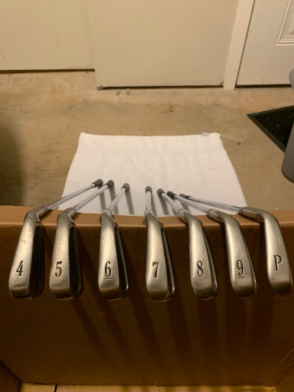 Titleist 981 Irons.  2