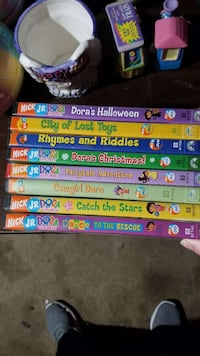 Assortment Dora the Explorer Dvds
