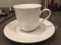 White coffee cups w saucers (set of 4)