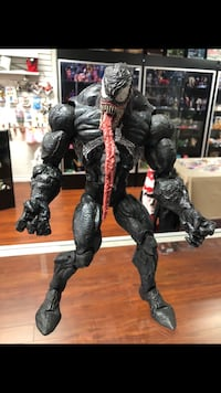 2005 marvel masked Venom ; 12 inches out of the box; available at 618 E. Whittier bl La Habra 90631; poseable arms, legs and feet Los Angeles, 91040