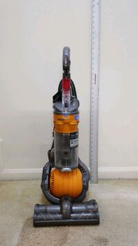 Dyson Ball DC24 vacuum cleaner.  Very Clean!!!! Owings Mills, 21117