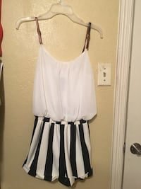 Striped Romper  San Antonio, 78237