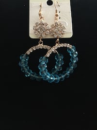 Earrings Brampton, L6R