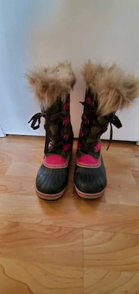 Womens Sorel snow boots
