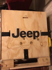 Jeep crate box Lubbock, 79423