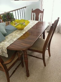Dining table and chairs, hutch, buffet Middle River, 21220