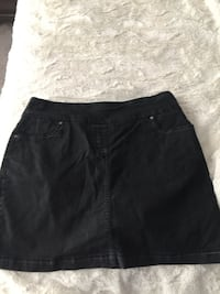 Black denim skirt Calgary, T3K