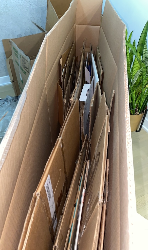 Moving Boxes 1-2bedroom apartment (incl 65 in TV box) bd2c7e6c-0947-4ced-8c5c-1bf878eb1d60