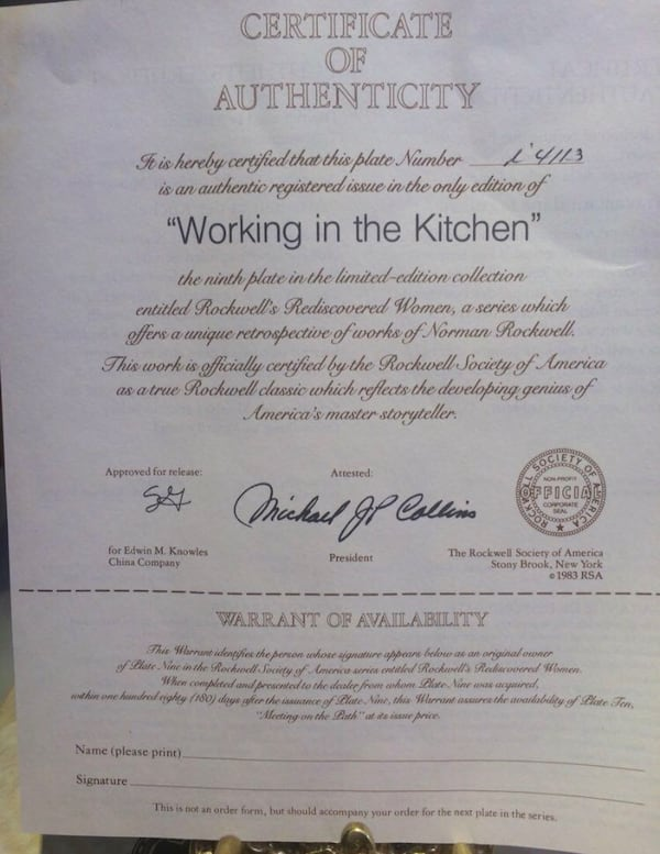 Vintage Brand new collector plate with certificate. eb31f678-b271-45cf-a4b6-1635b77c1dfc
