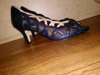 8.5 Classy n Sheek Alex Marie Navy Pumps!! Lafayette