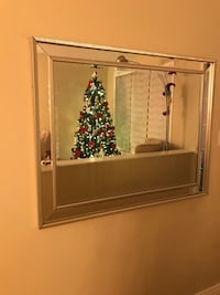 Beautiful mirror size 3*4 excellent condition  Ottawa, K1T 0B6