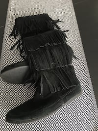 Suede boots 7.5  Laval, H7X 0A7