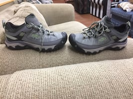Keen shoes size 8.5