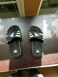 Youth Adidas sandals  Owings Mills, 21117