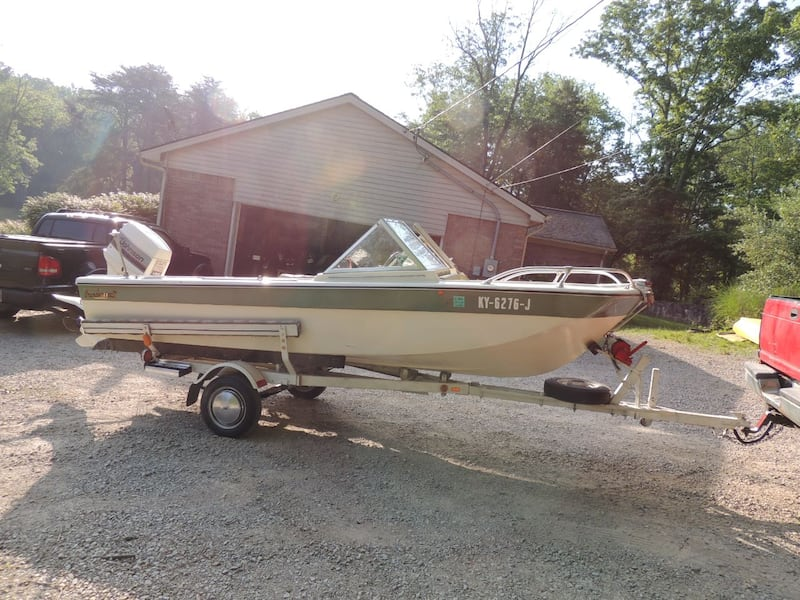 1971 thundercraft in excellent shape 2