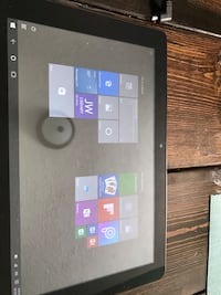 8 inch windows 10 tablet  Akron, 44314