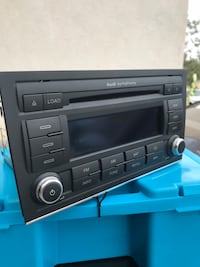 Black 1-din car stereo head unit Jurupa Valley, 92509