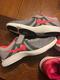 Size 3 girls shoes (2 pairs) NEVER WORN