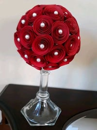 Medium red and white pearls topiary
