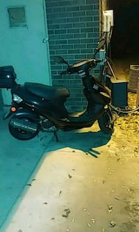 black and gray motor scooter Oxon Hill-Glassmanor, 20744