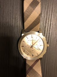 Burberry Watch Los Angeles, 90038