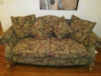 brown and green floral 2-seat sofa Corpus Christi, 78415