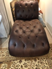 Leather chair Gainesville, 20155
