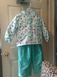 teal and pink heart print zip-up jacket with teal pants Winnipeg, R2K 1H8