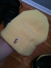 Yellow polo hat Mississauga, L4T 2T2