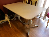 Refinished antique table with chairs Carneys Point Township, 08069