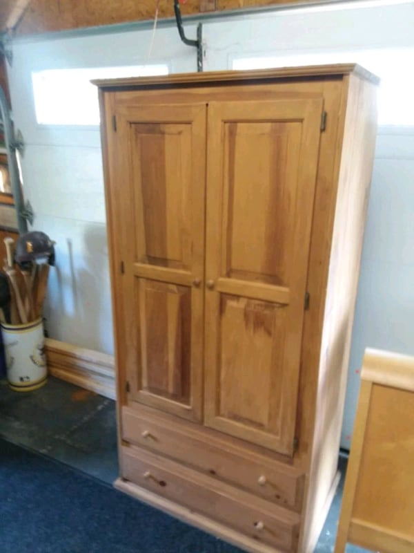 Armoire 72 inches tall  0