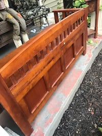 Solid wood bench/ storage ( pick up only) Knoxville, 37912
