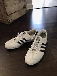 Size 12 adidas sneaker barely worn. Pick up only bloor and islington