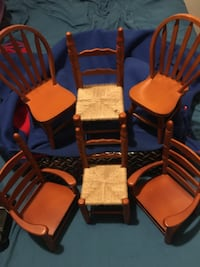 Set of 6 Country Wooden miniature chairs