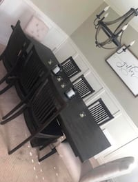 Living Spaces Valencia Dining Table  Tustin, 92780