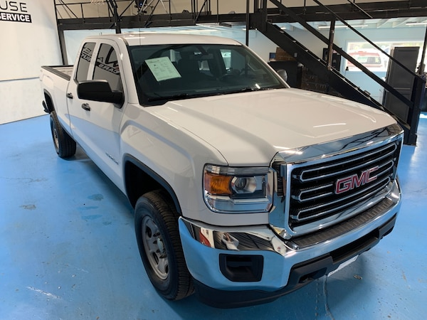 GMC Sierra 2500HD available WiFi 2015 d31056cc-e8d6-4316-9e9d-ce45a5a2b411