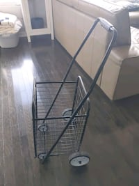 Storage/shopping cart with wheels Toronto, M6H 4L1
