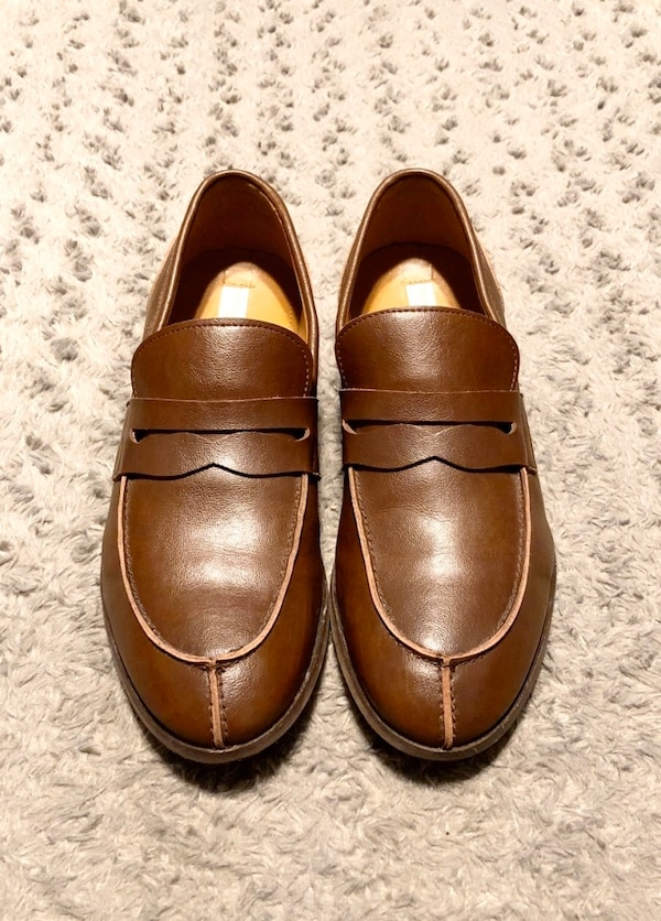Men's Will's Vegan City Loafers paid $135 Size 11 (44) Like new!  d03217a1-a4b8-48f6-9365-4b8ab223ad45