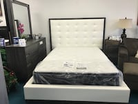 Tufted White and distressed gray bed Set Houston, 77077