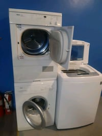 BOSH 24IN FRONT LOAD WASHER AND DRYER SET WORKING PERFECTLY  Baltimore, 21201