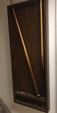 7 wooden cue stick holder Oyster Bay, 11758