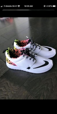 Nike shoes size 6.5Y but fit adult size 8