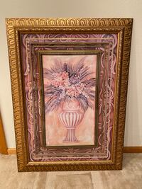 Picture frame with artwork