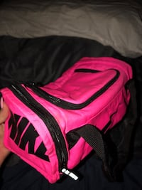 nike lunch duffel bag Minneapolis, 55406