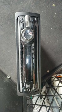 No low offers Sony car radio, mp3 CD and AUX 554 km