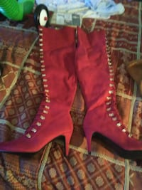 pair of pink leather boots Austin, 78728