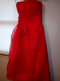 Red Prom/Home Coming Dress, Size 2 Bellevue, 68005