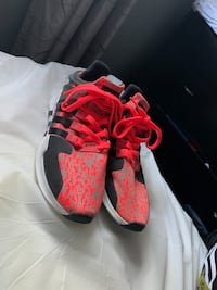 Adidas Size 11  Annandale, 22003